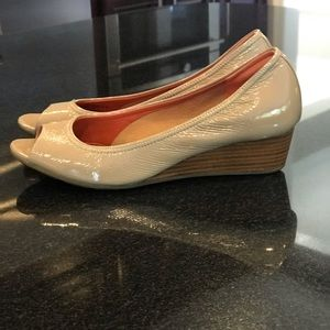 Cole Haan Tan Air Tali Size 6.5 B Peep Toe Wedge